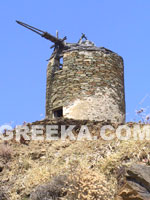 Galerie Photo Grèce: Moulin en pierre à Tinos